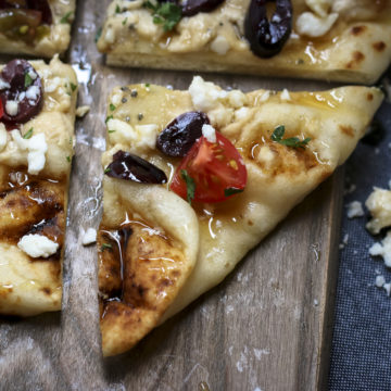 Honey Balsamic Naan Flatbread